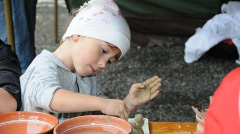slávnosť hliny, modra, keramika, hrnčiarsky kruh
