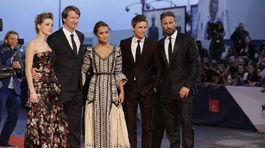 Amber Heard, režisér Tom Hooper a herci Alicia Vikander, Eddie Redmayne a Matthias Schoenaerts