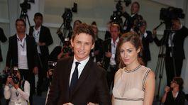 Eddie Redmayne a jeho manželka Hannah Bagshawe