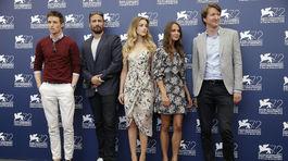 Eddie Redmayne, Matthias Schoenaerts, Amber Heard, Alicia Vikander a režisér Tom Hooper