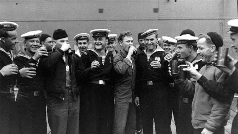 vojaci, dobová foto, sovietsky námorníci,...