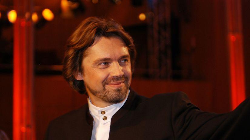 Andrey Boreyko High Res 2 - credit Christoph...