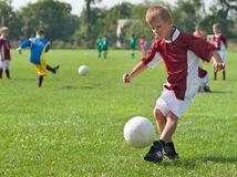 chlapec, deti, futbal, ihrisko,