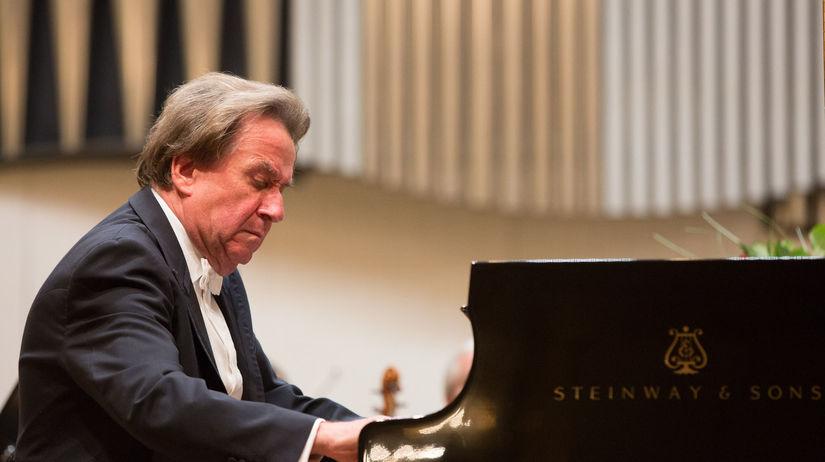 Klavírny virtuóz Rudolf Buchbinder