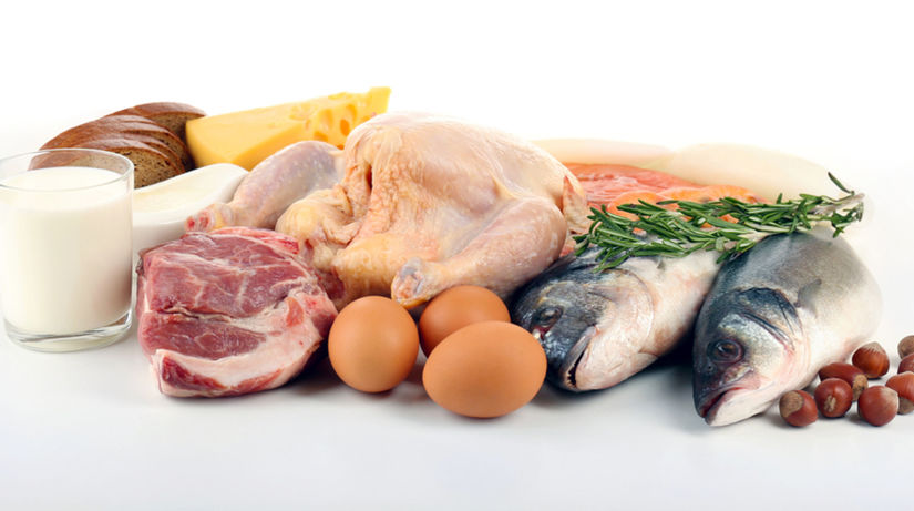 vitamín B12, mäso, ryby, vajcia.