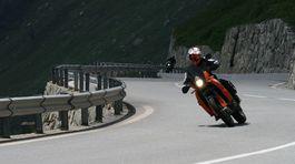Švajčiarsko, cesta, motorkár, motorka, horská