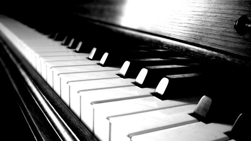 IV c piano klavír