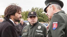 Kaliňák, policajti