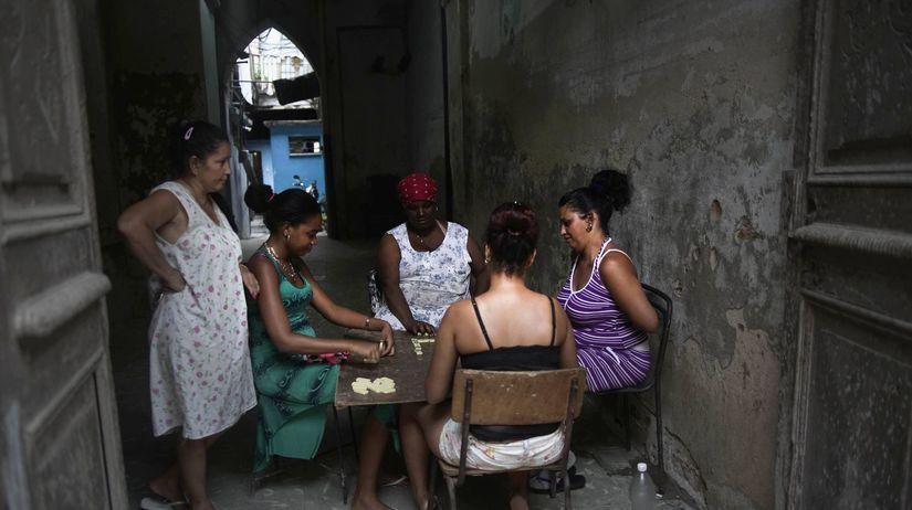 Kuba, Havana, domino, ženy, stôl, susedky,
