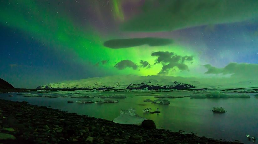 Jökulsárlón, zátoka, lagúna, aurora, polárna...