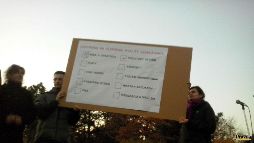 zraz dlhých nosov, učitelia, protest