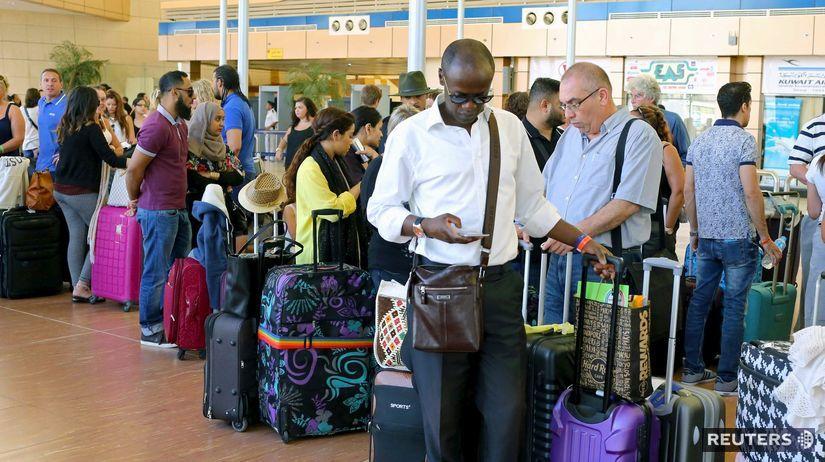 Egypt, letisko, pasažieri, turisti