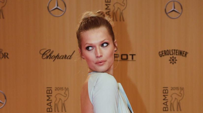 Modelka Toni Garrn opäť pútala pozornosť.