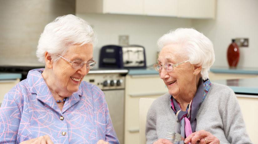 Seniori často konzumujú potraviny, ktoré sú po...