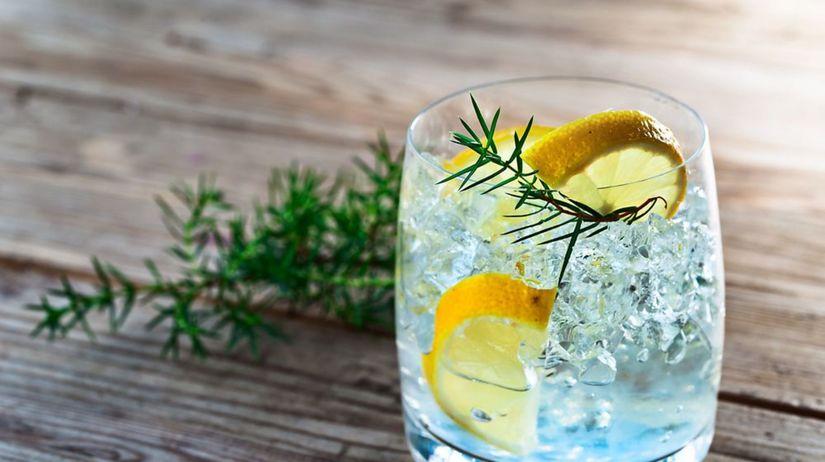 gin, džin, nápoj, pohár, drink, ľad, voda,