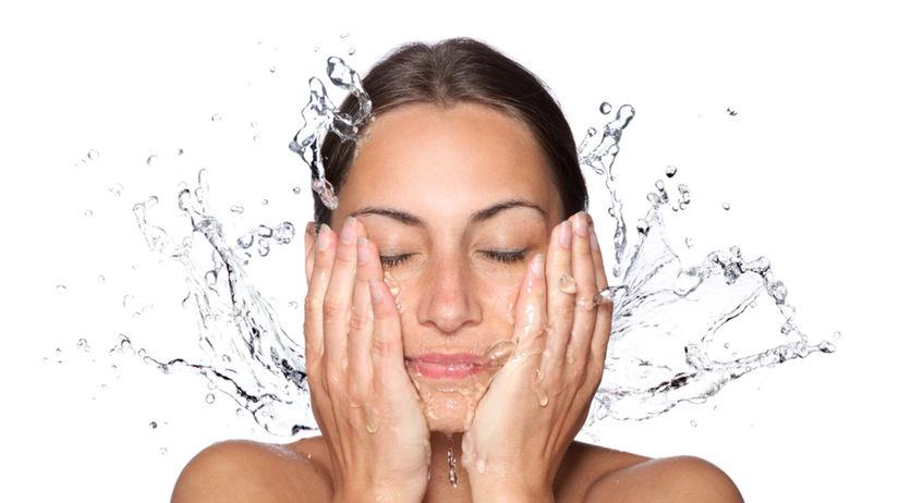 tvár, umývanie, čistá pleť