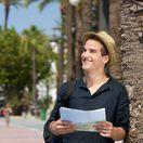 cestovateľ, turista, muž, úsmev, leto, klobúk, cestovanie, mapa, orientácia, mesto
