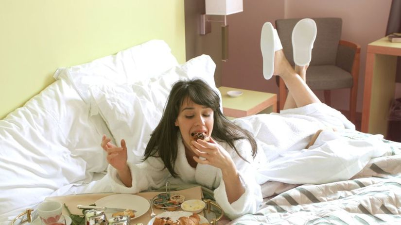 hotel, posteľ, raňajky, jedlo, jedenie,...
