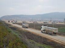 kamión, ťažká technika, pole, nákladiak