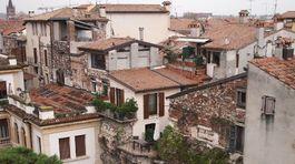 Verona, Taliansko, domy, budovy,