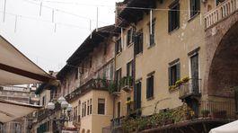 Verona, Taliansko, domy, mesto,