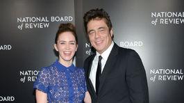 Emily Blunt a jej kolega Benicio del Toro