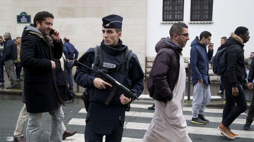 Francúzsko, polícia, moslimovia