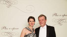 Generálny riaditeľ Orange Slovensko Pavol Lančarič s manželkou Silivou.