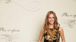 Modelka Alexandra Gachulincová v kreácii od Marcela Holubca.
