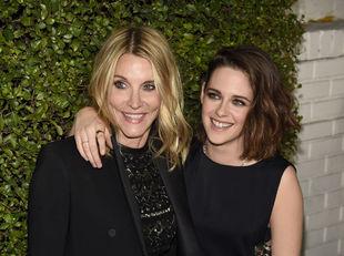 Jillian Dempsey (vľavo) s herečkou Kristen Stewartovou.