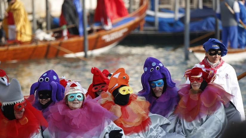 Benátky, karneval, masky, Námestie svätého...