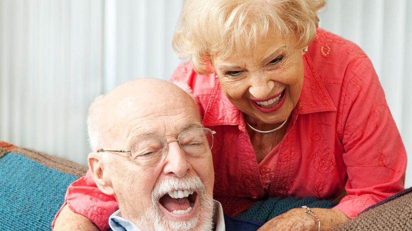Seniori, muž, žena
