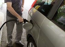 nafta, benzín, ropa