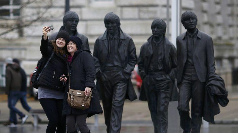 Beatles, Liverpool, Británia, fanúšikovia, selfie