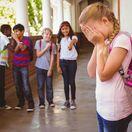 šikana, škola, plač, dievča