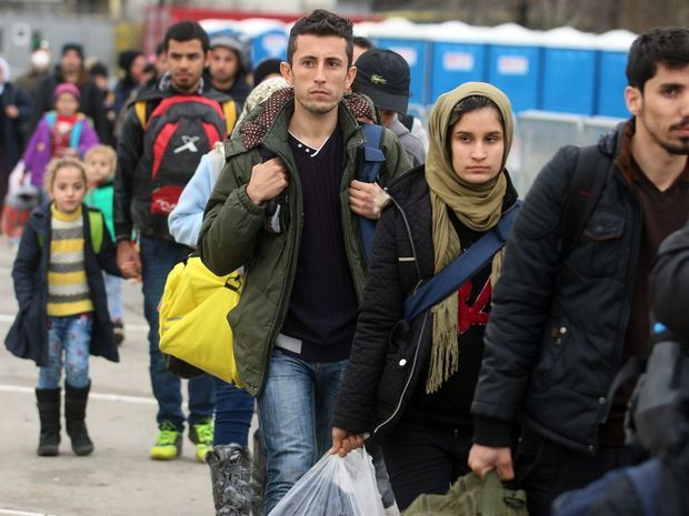 utečenci, migranti,