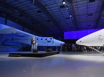 Virgin Galactic, vesmírna turistika, SpaceShipTwo, raketoplán, Richard Branson