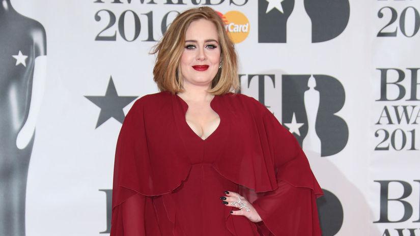 Speváčka Adele sa predviedla v kreácii...
