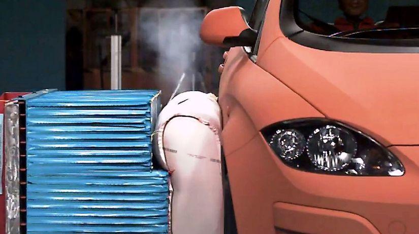 TRW - vonkajší bočný airbag