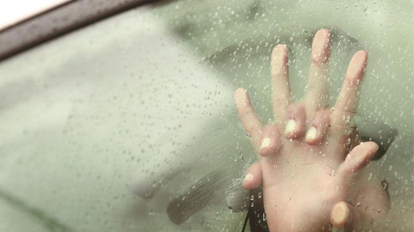 syfilis, ruka, ruky, zahmlené sklo,