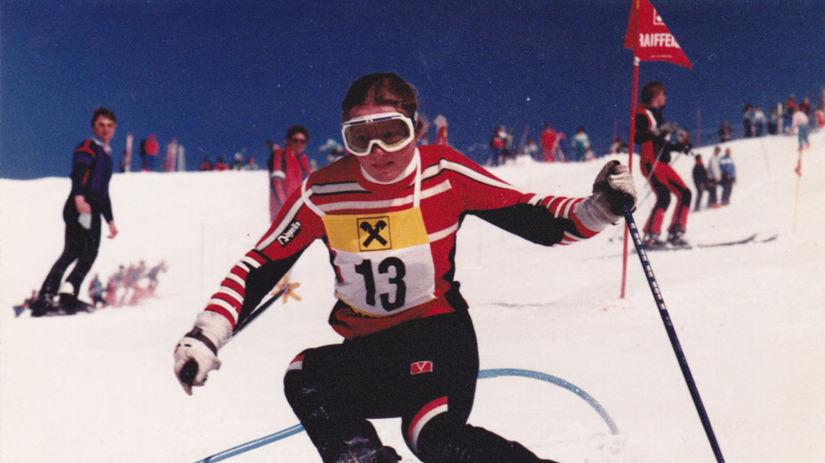 Elena Medzihradská