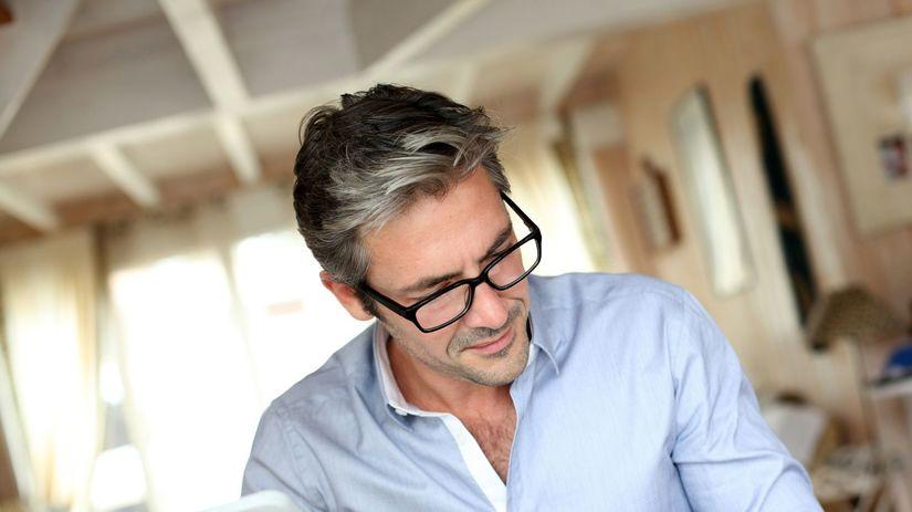 šediny, šedivé vlasy, starnutie, stres, muž,...