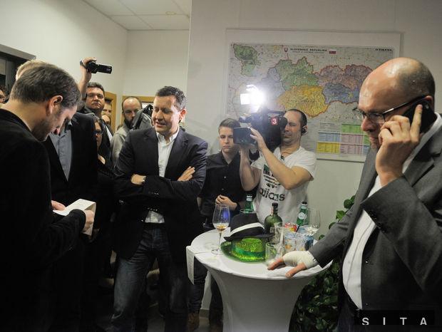 voľby 2016, OĽaNO, SaS, Sulík, Matovič, Lipšic, volebná noc, centrála SaS