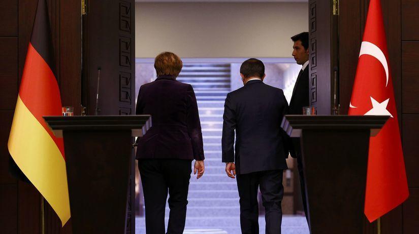 Ahmet Davutoglu, Angea Merkelová