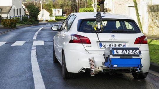 Dva milióny áut PSA podvádzalo s emisiami. Tvrdí francúzska tlač