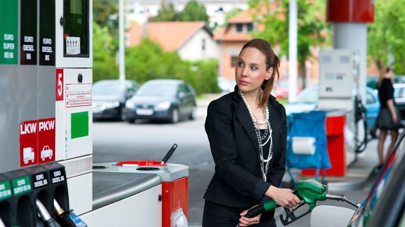 tankovanie, žena, benzín