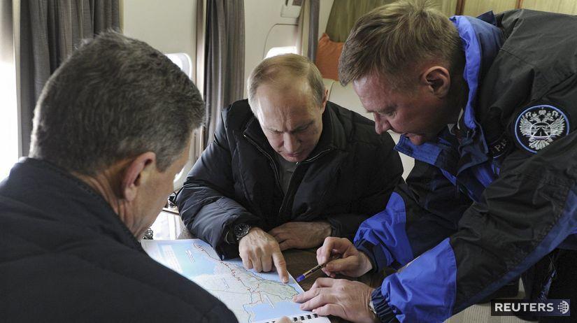 Vladimir Putin, Dmitrij Kozak, Roman Starovoit,...