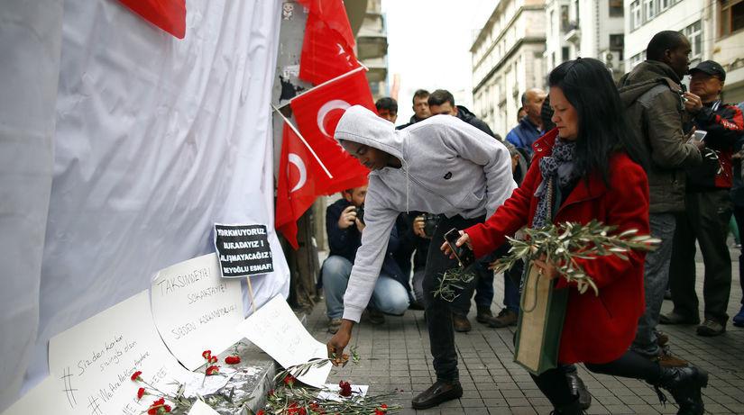 Istanbul, výbuch, útok, kvety,