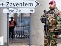 Brusel, belgicko, útok, vojak