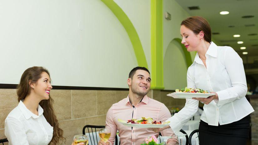 obed, večera, reštaurácia, čašníčka, servírka,...